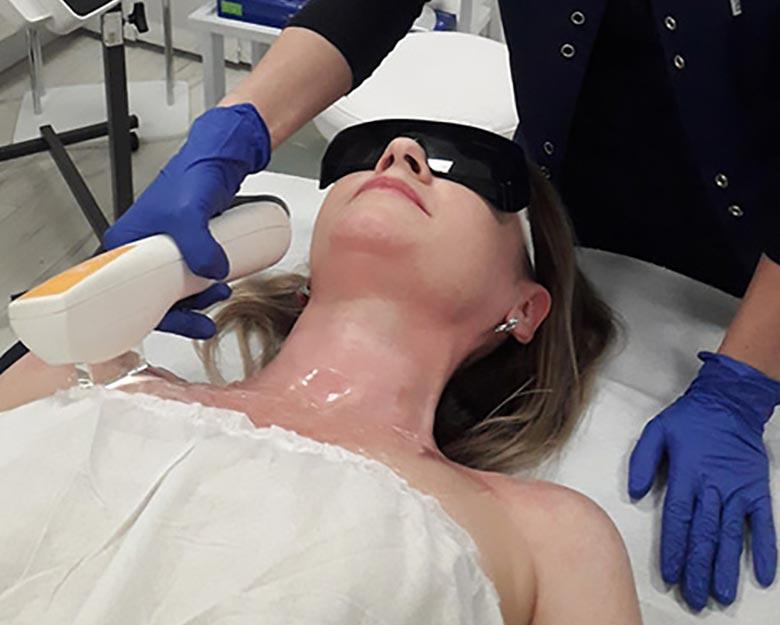 Jean-Baptiste-Klinika-Spa-Kielce-Fotoodmładzanie-Zabieg-dla-Kobiet